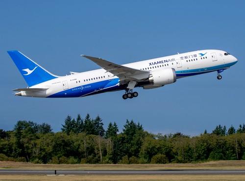 самолет Xiamen Airlines